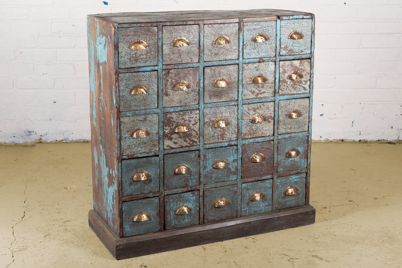 CD00017 HAVANA Vintage Apothecary Cabinet