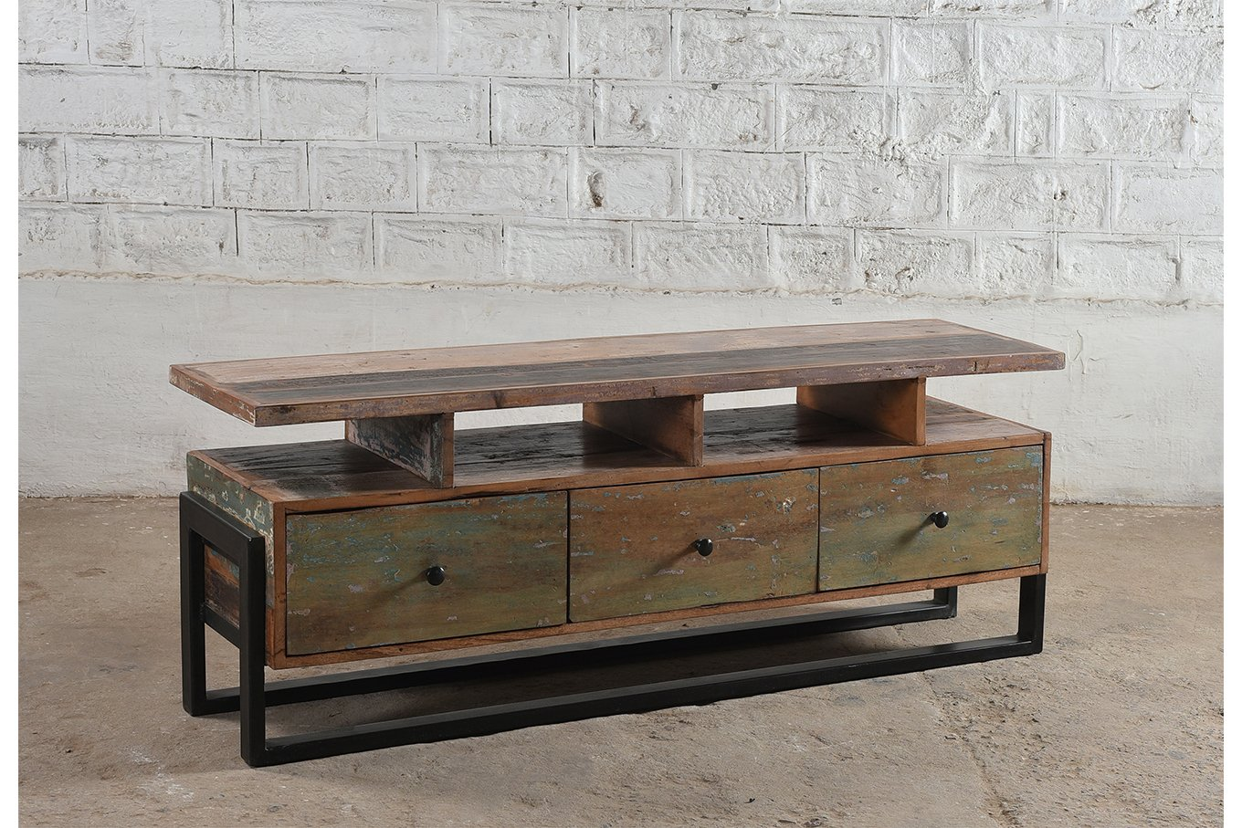 Reclaimed 3-drawer media unit