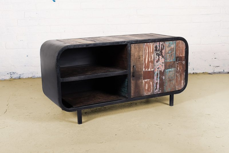 Industrial 2-shelf media unit with 1-door
