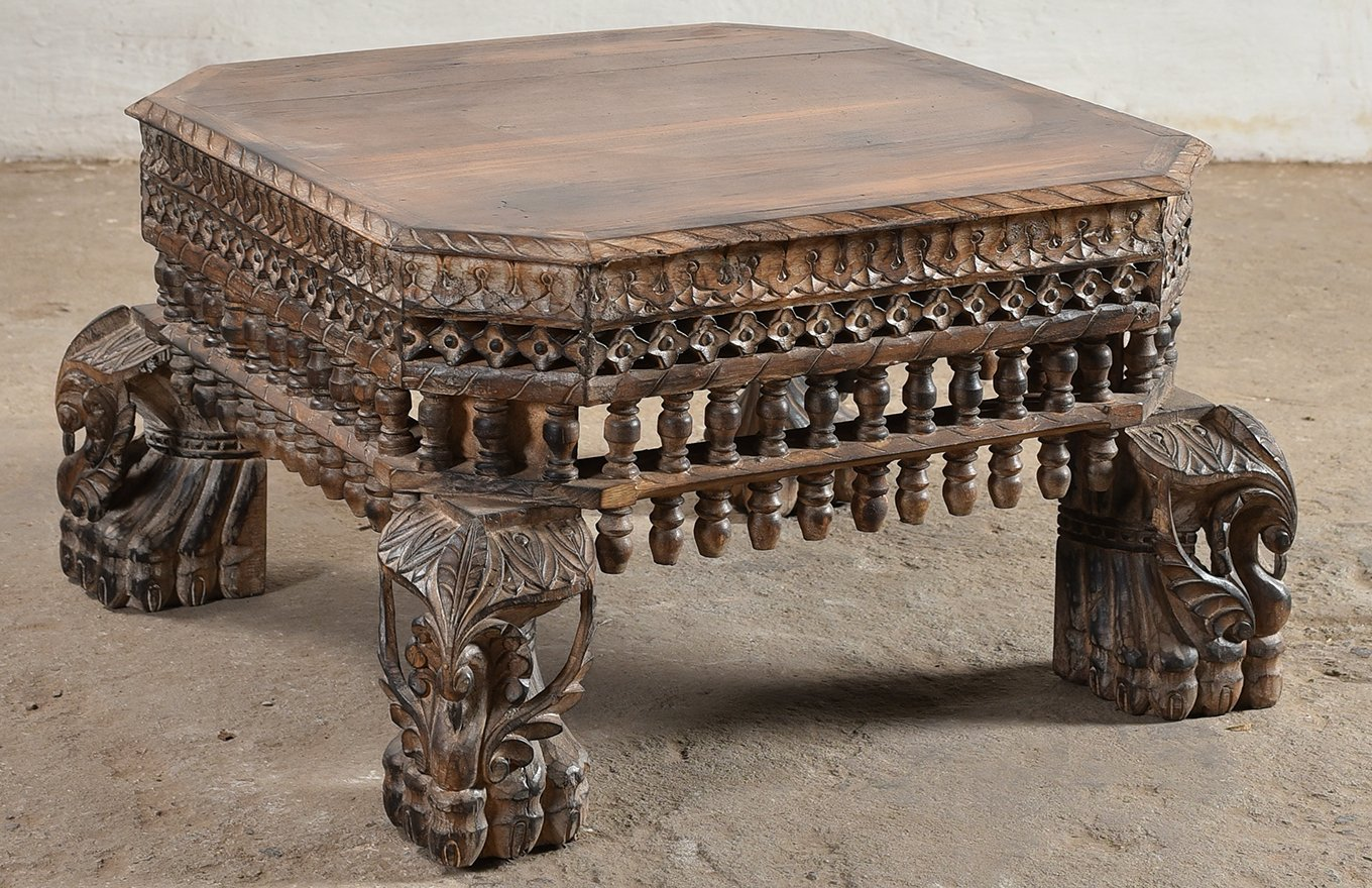 CT00111 HAMESHA Ornate Coffee Table