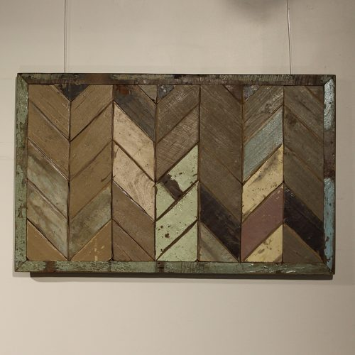 Reclaimed rectangle wooden wall panel with mosaic chevron pattern