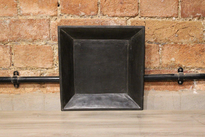 HC00255 SMALL Closeup Black Marble Dish