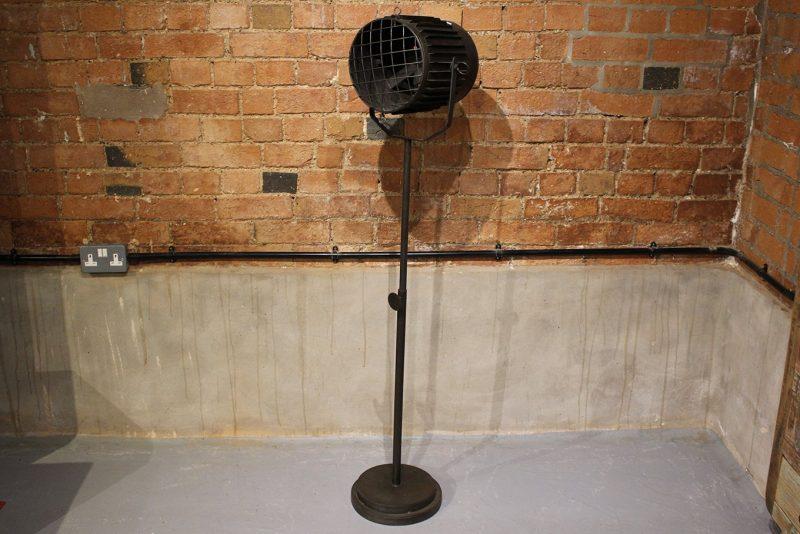 Freestanding industrial iron floor lamp holder