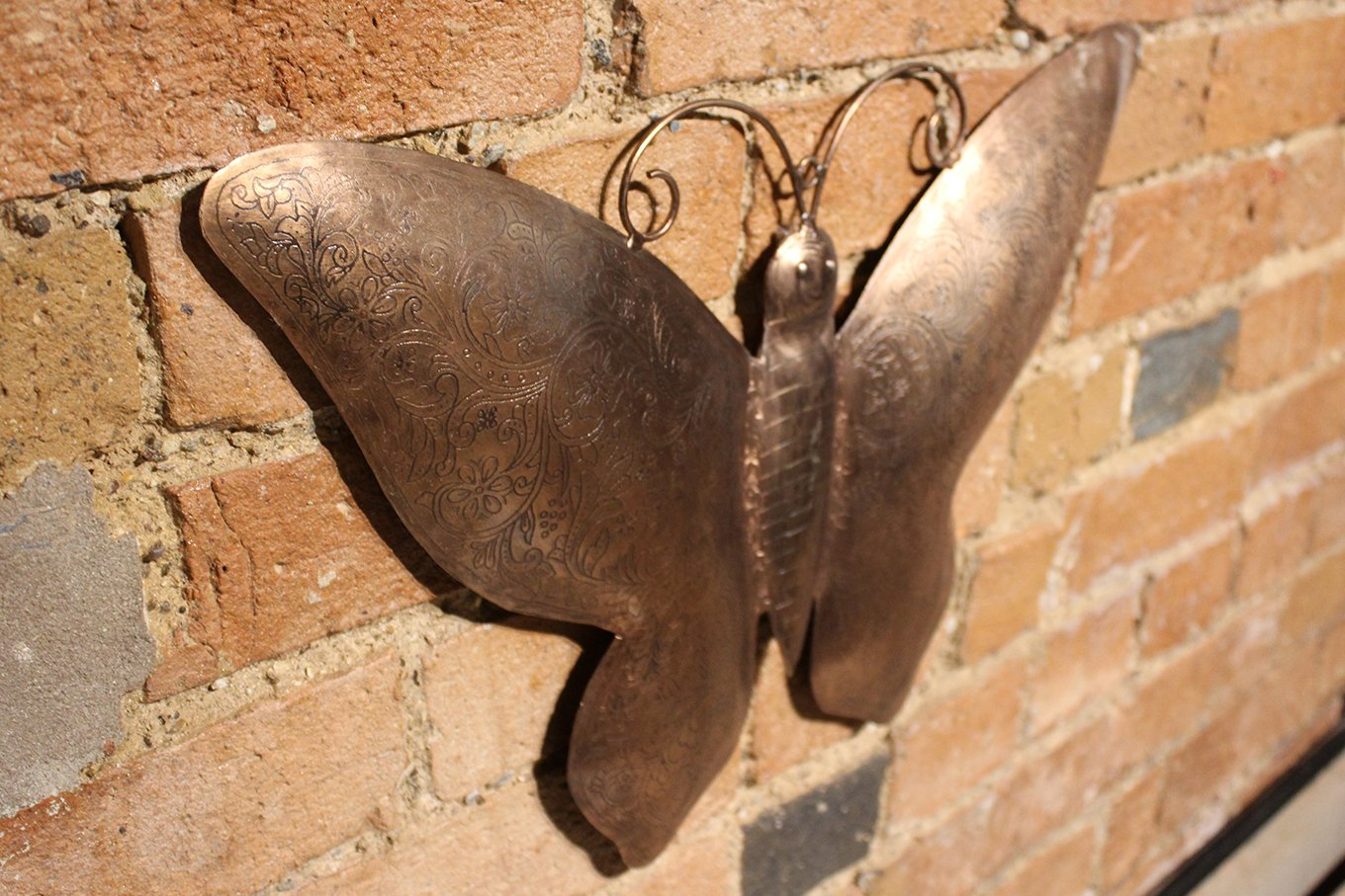 HC00562A Closeup Bronze Butterfly Wall Hanging