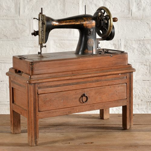 Original sewing machine with drawer stand