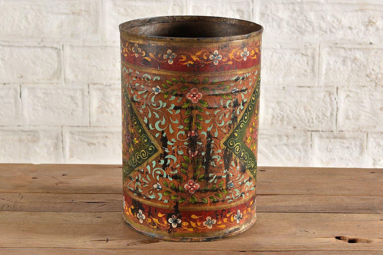PT00006 VIENNE Painted Iron Pot