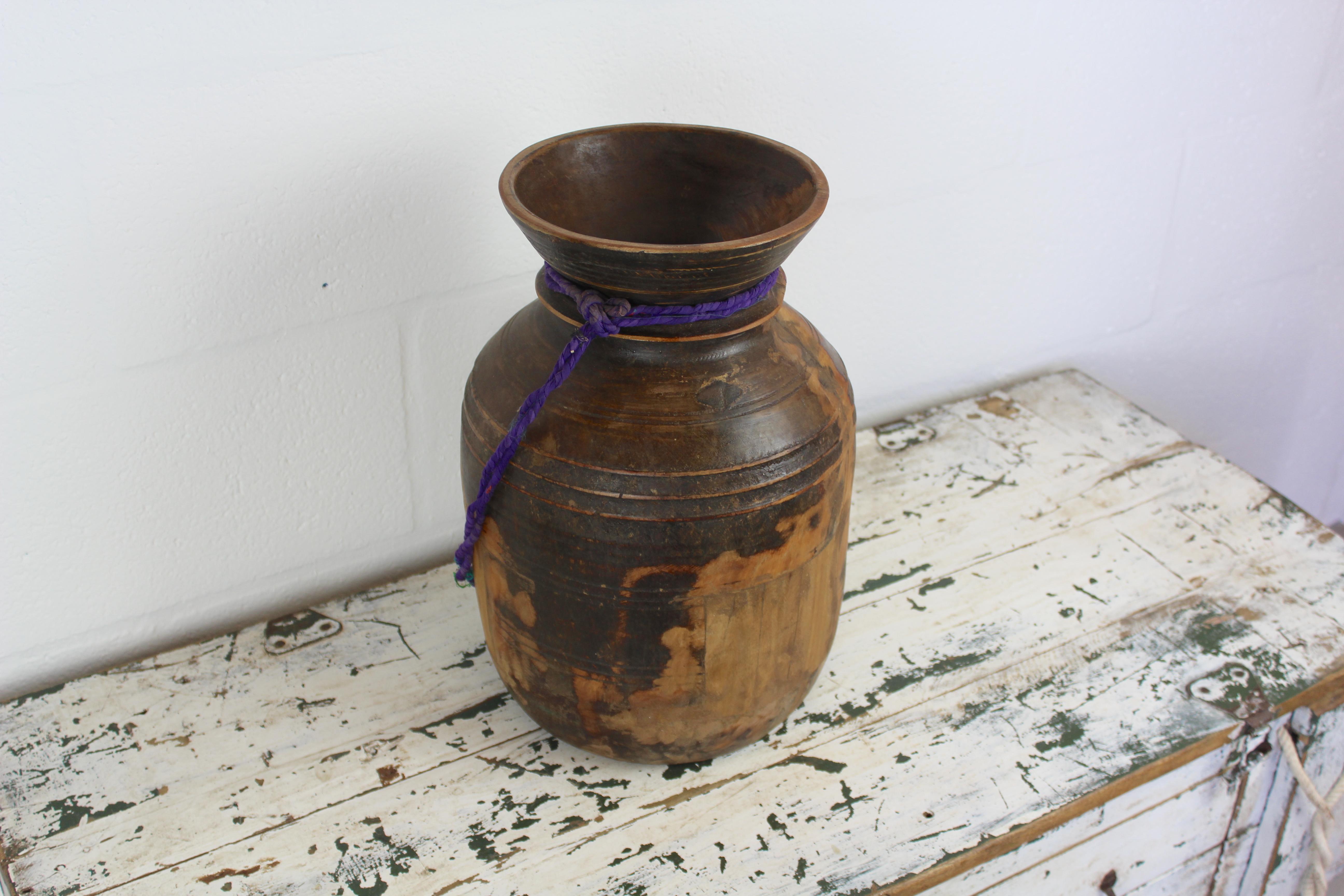 PT00012A Vintage Wooden Pot Large