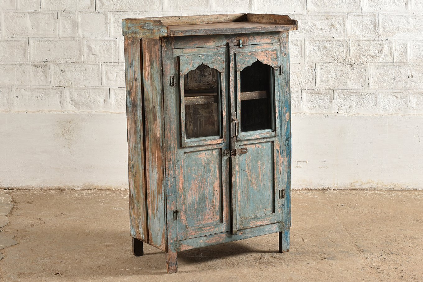 SC00309 HAVANA 2 Door Display Cabinet