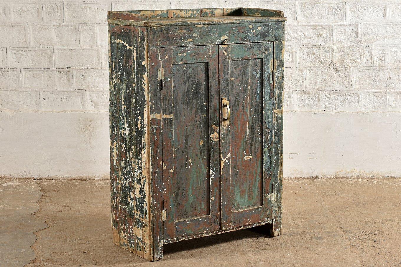 SC00310 HAVANA 2 Door Green Cabinet