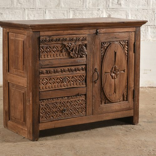 Wooden sideboard with 3-carved drawers and door