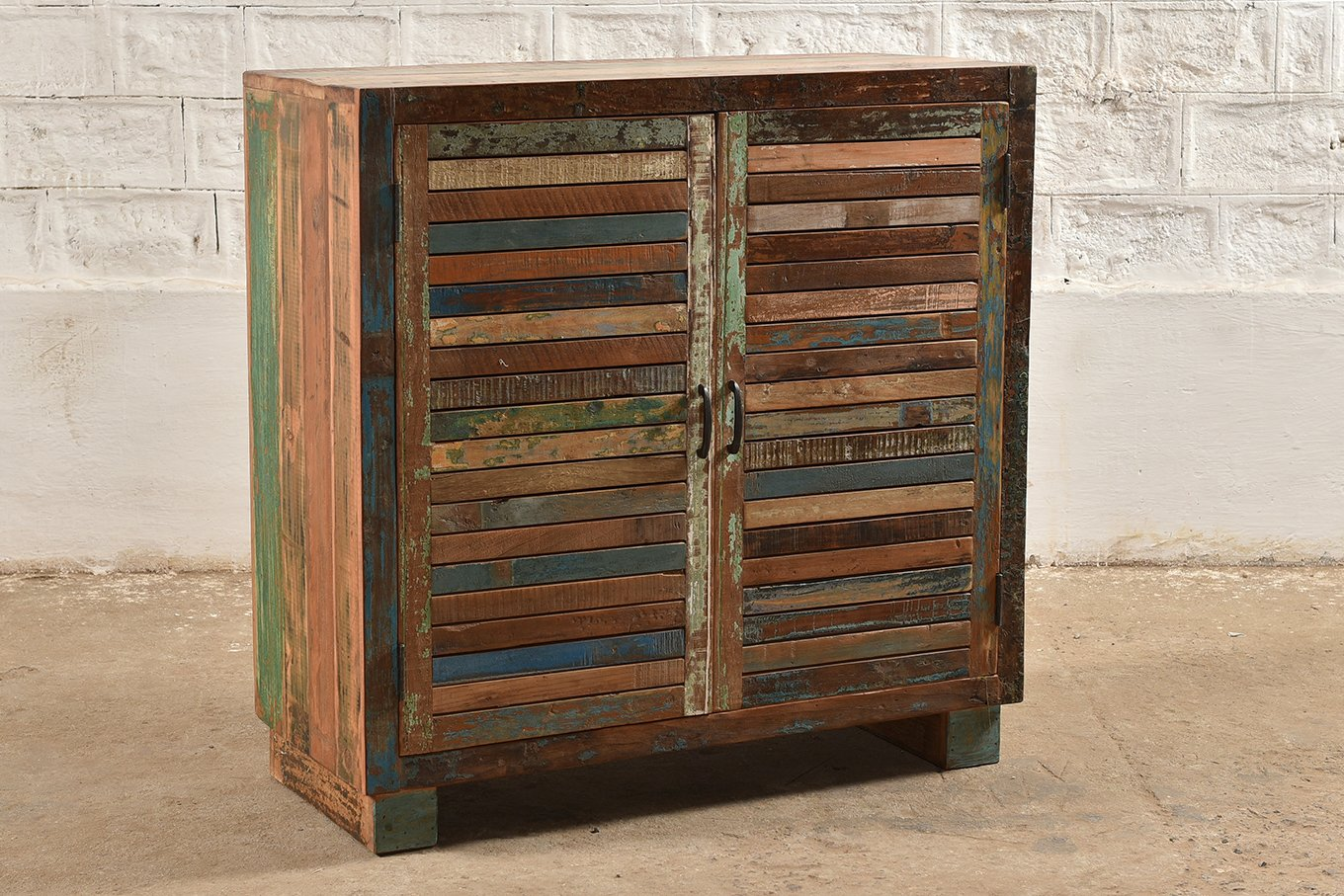 SC00325 SIBIU Reclaimed 2-Door Cabinet