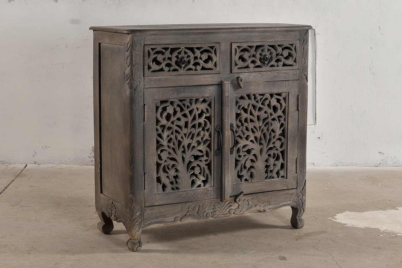 Grey, carved wooden console with 2-doors and drawers