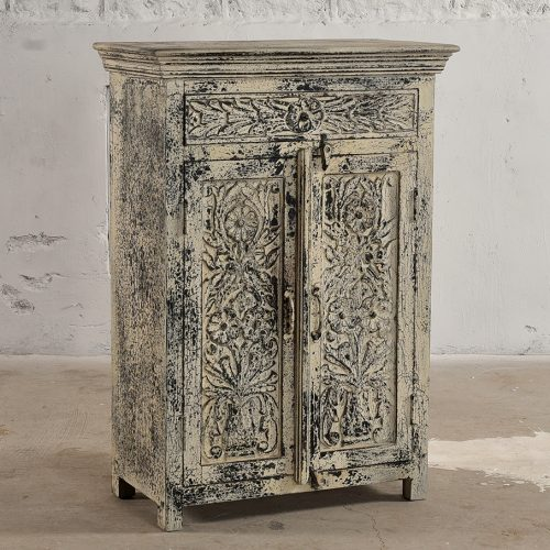 2-Door wooden cabinet with 1-drawer featuring floral carvings