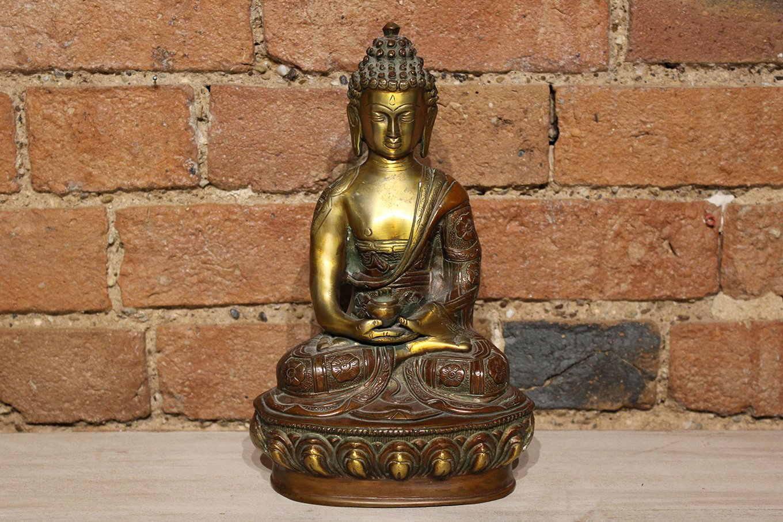 ST00014 Seated Buddha on Pedestal