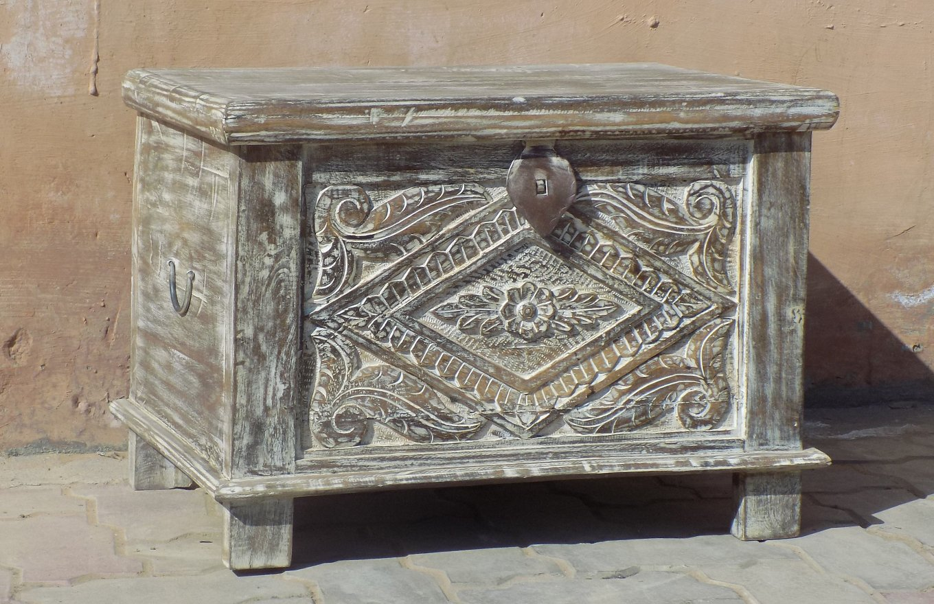 Carved Traditional Chest TC00107