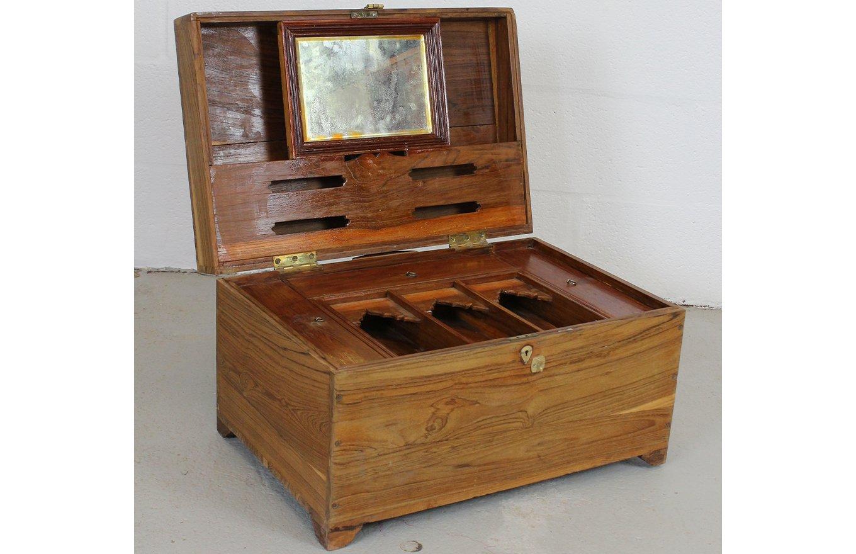 TC00123 HAMESHA Wooden Box Large
